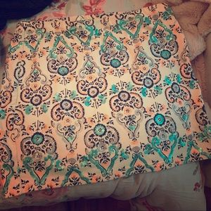 Pencil skirt, flowered (size large)